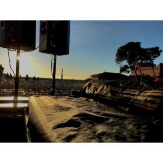 🖊 Concert de Nadal 🎶🎄 📌 Ubicació: Plaça de la Natura, Parc Güell 🛠 Material: *Escenari sumescal *Cadires *Equip de so *M32 #culturasegura #femesdeveniments #wemakeevents #music #musica #stage #escenarios #sound #sonido #so #light #lighting #estructura #barcelona #concertdenadal #nadal2020 #parcguell #instagram #larulot #larulotrules #somespectacle